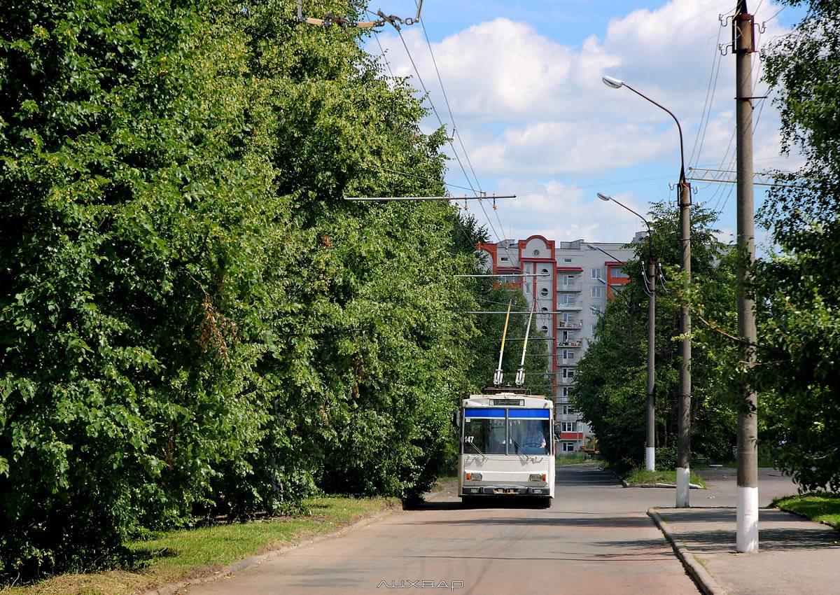 Тролейбусники завершують освітлення нової тролейбусної лінії