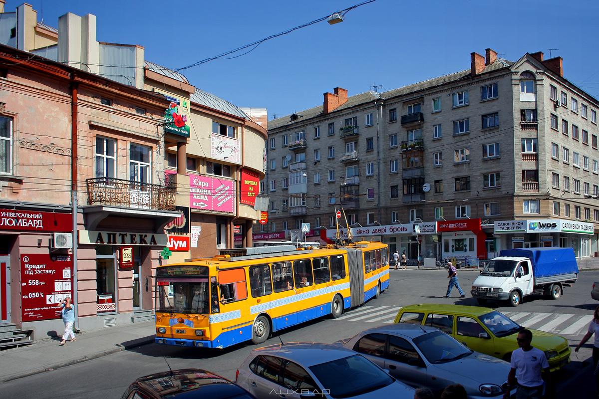 """Транспорт Тернополя▼  Чеські """"гармошки"""" відтепер курсують по маршруту №8"""