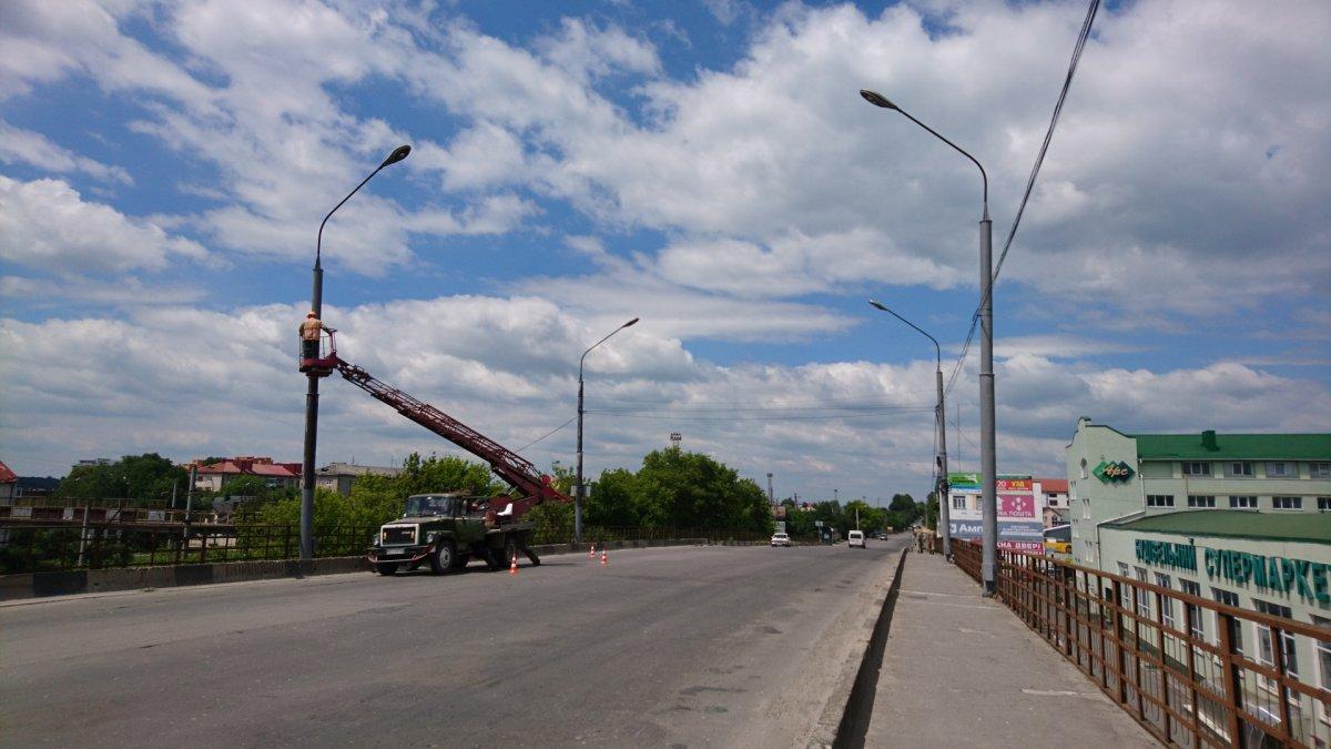 У Тернополі триває будівництво тролейбусної лінії до вул. Бродівська