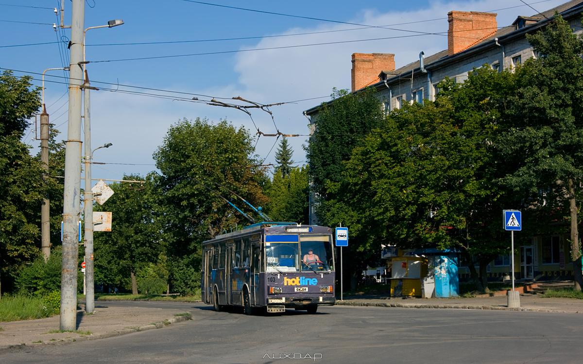 На перехресті Миру-Дружби буде частково обмежено рух транспорту, а тролейбуси змінять маршрут