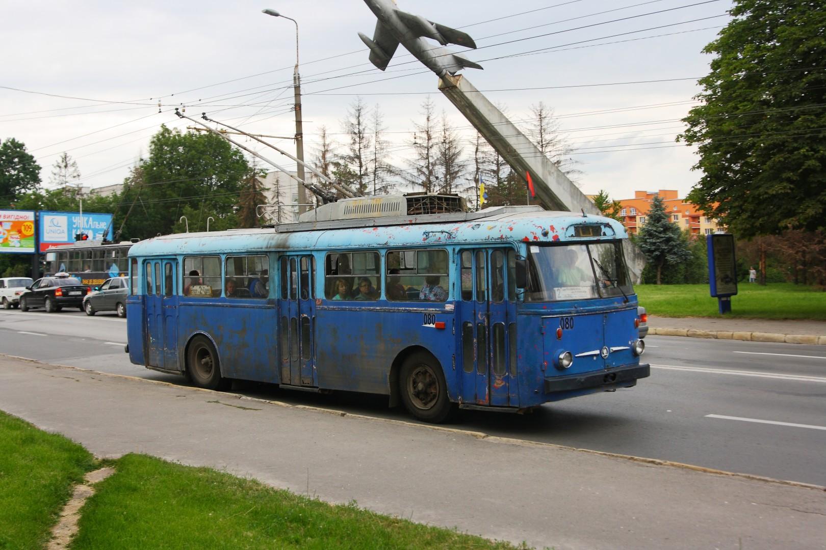 Тернополяни пропонують зберегти та відреставрувати тролейбус «Škoda 9Tr»