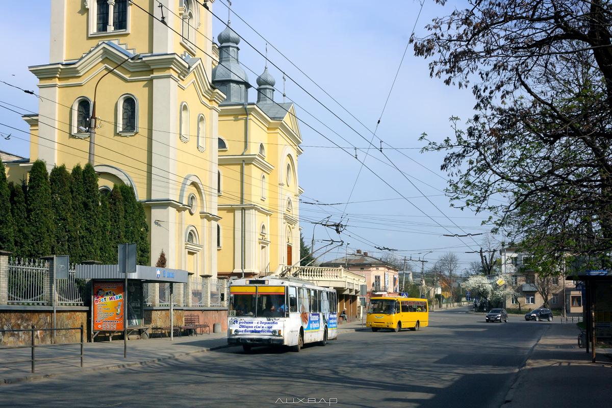 Змінено вартість проїзду: у тролейбусах – 5 грн., у автобусах – 6 грн.