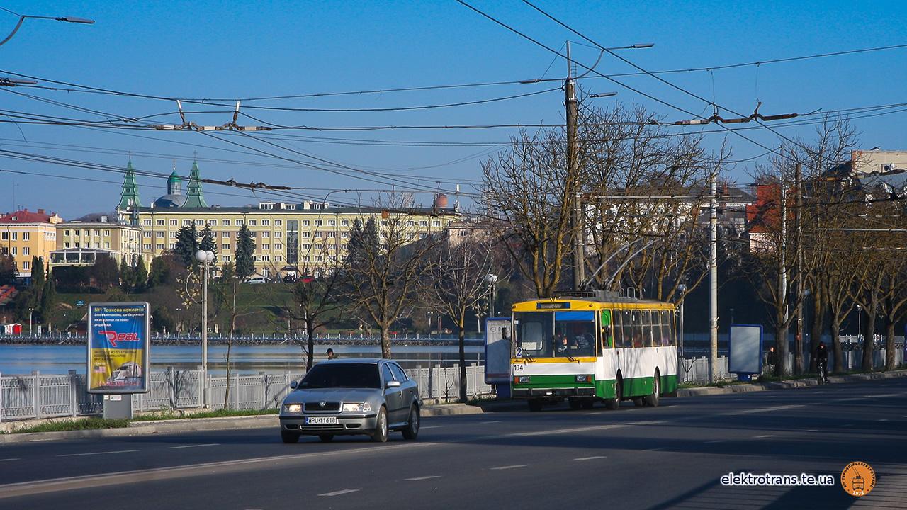 Тролейбус №104 уже перевозить пасажирів